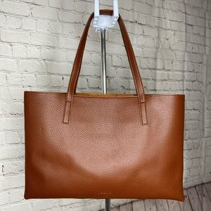 Vince Camuto tote NWOT